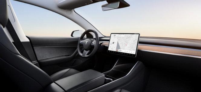 Tesla Model 3 Long Range 4WD